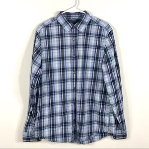 GAP long sleeve button down blue size large plaid